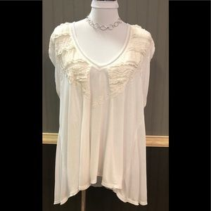 💐Free People Gorgeous Lace & Soft Cotton Top.